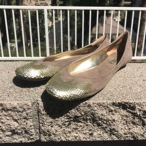 🆕Taupe suede ballet flats with gold sequins, New.